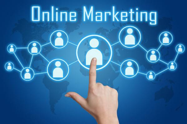 Digital marketing đang ngày càng hỗ trợ nhiều cho marketing truyền thống